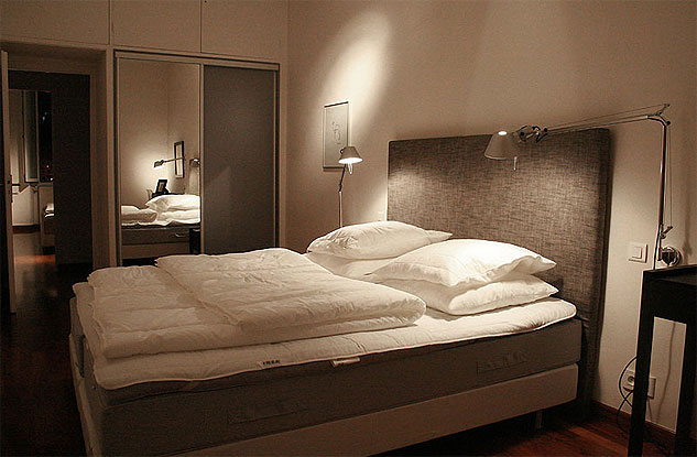 Sovrum 2, motgatan.