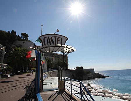 Castel Plage, en av Nice alla stränder